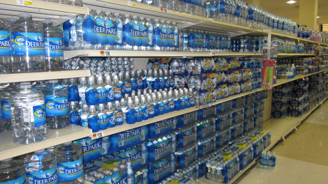 bottled_water_in_supermarket
