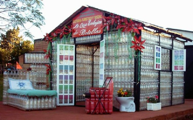 Plastic-Fantastic-House-Made-Entirely-Of-Plastic-Bottles-1